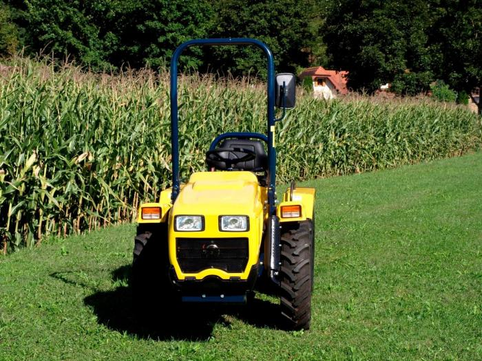 Tractor agricol Ecotrac 40